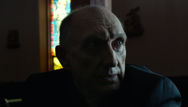 Peter McRobbie as father Lantom